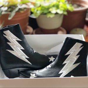 ⚡️MODERN VICE⚡️ Boots Brand New - Lightning Bolt